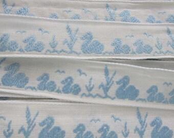 2 Yards Vintage Ducks Trim Jacquard Ribbon White With Blue VT 132