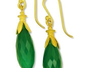 18k gold and Green Onyx Drop Earrings made with 100 percent recycled gold
