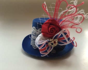 Union Jack Mini Top Hat-Mini Top Hat-Birthday Hats-Smash Cake-Photography Prop-Mini Top hat Fascinator-Mad Hatter-Tea Party-high tea-Costume