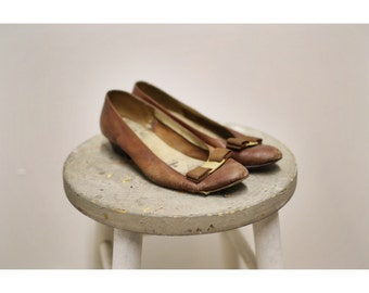 Salvatore Ferragamo Brown Leather Vara Bow Heels