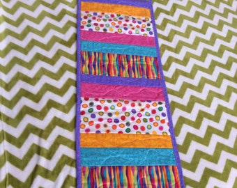 Table runner-quilted table runner-peiced table runner-bright table runners-spring table runners