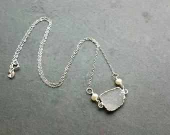 Silver druzy necklace, silv necklace,  silve crystal necklace, silv layering necklace, geode necklace, crystal jewelry, rustic bride, druzzy