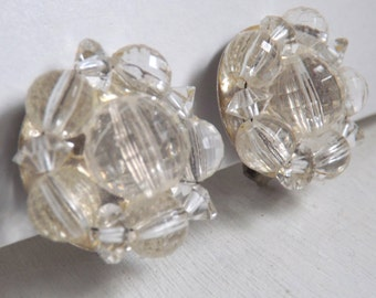 Vintage Lisner beaded cluster clip on earrings plastic faceted clear plastic beads wedding bridal