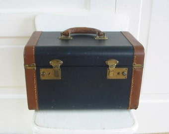 Vintage Train Case, Vintage Suitcase, Black Train Case, Luggage, Retro