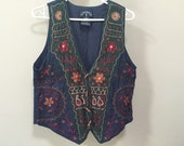 Boho Embroidered Vest, Vintage 90s Bohemian Vest, Navy Blue Vest, Vintage 90s India Boho Vest, Colorful Embroidery, Natural Wood Buttons, M