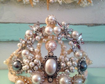 Beautiful cream tiara.