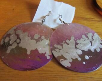 Big purple splash shell dangles