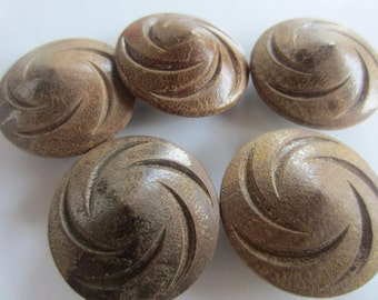 Vintage Buttons - lot of 5 extra large wood carved swirl design  (oct 56)