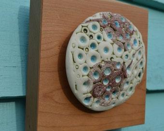 Bubble Stingray Porcelain Wall Art on wood