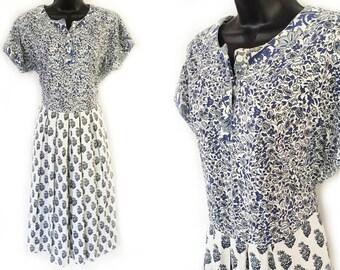 80s White and Blue Floral Ethnic Print Cotton Dress M L