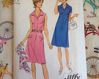 Vintage 1970s Dress Pattern by Simplicity 9382 Size 22.5, Bust 45