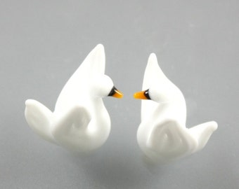 RC Art Glass Lampwork Glass Bright White Swan Bird Beads Bead
