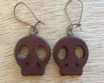 E488 Maroon Skull Earrings
