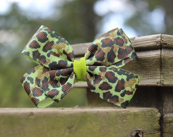 Wildcat Animal Pattern with Lemongrass Three Inch Bow