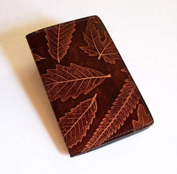 Calendar Planner Cover : Leather weekly planner cover with calendar leaf design