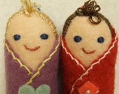 Blanket Baby doll miniatures, fraternal twins.