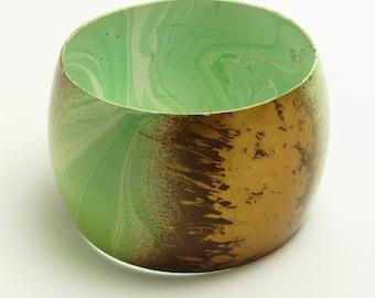Vintage Wide Enamel Bracelet Green Jewelry B7436