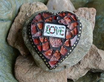 Valentine Love Mosaic Heart Rock Garden Stone Paperweight