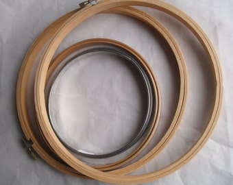 Hoops Embroidery CrossStitch Crewel Needle Point Round Wood Metal Vintage
