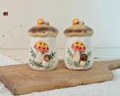 Vintage Mushroom Salt & Pepper Set