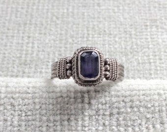Vintage Amethyst and Silver Ring / Stamped 925 / Size 7