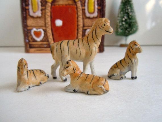 Vintage Miniature Zebra Family Figurines African Safari Animals Dollhouse Miniatures