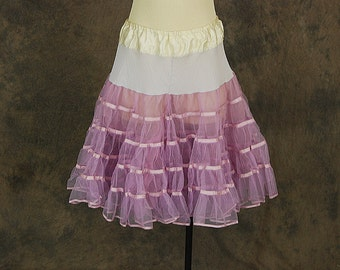 Clearance Sale vintage 50s Petticoat - 1950s Lavender Crinoline - Ruffled Mesh Tulle Half Slip Sz M