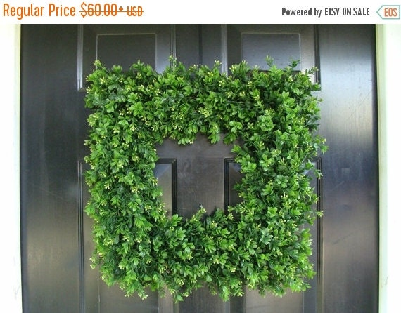 FALL WREATH SALE Custom Square Boxwood Wreath, Artificial Boxwood Wreath, Square Outdoor Decor,  Front Door Wreaths, Thin Wreath for