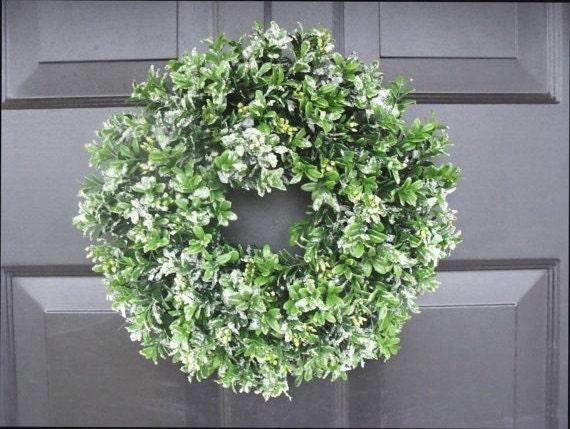 lassen sie es schnee k nstliche buchsbaum kranz weihnachten. Black Bedroom Furniture Sets. Home Design Ideas