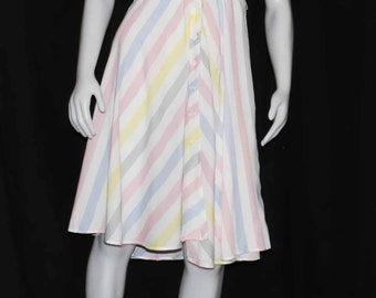 1970 pastel chevron striped day dress size small by club prive made in Canada shipping included within U.S.A and Canada