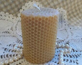 Beeswax Candle Small Honeycomb-Look Pillar