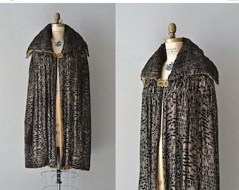 25% OFF.... Millay Lamé cape | vintage 1920s cape | silk lamé velvet 20s cape coat