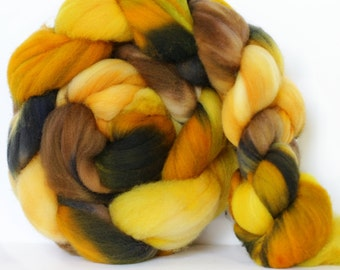 Flamekeeper 4 oz Targhee Roving Wool Superwash-Handpainted Top for Spinning or Crafting