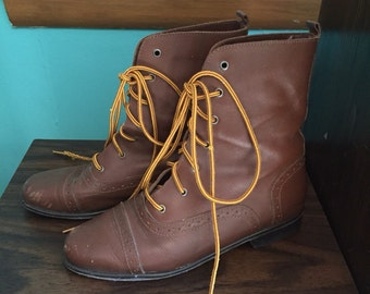 Prairie Prancer - 1990's Does 1900's Victorian Style Lace Up Boots