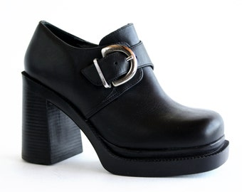Size 6: Soho Cobbler Black Leather 90's Vintage Chunky High Heel Ankle Boots