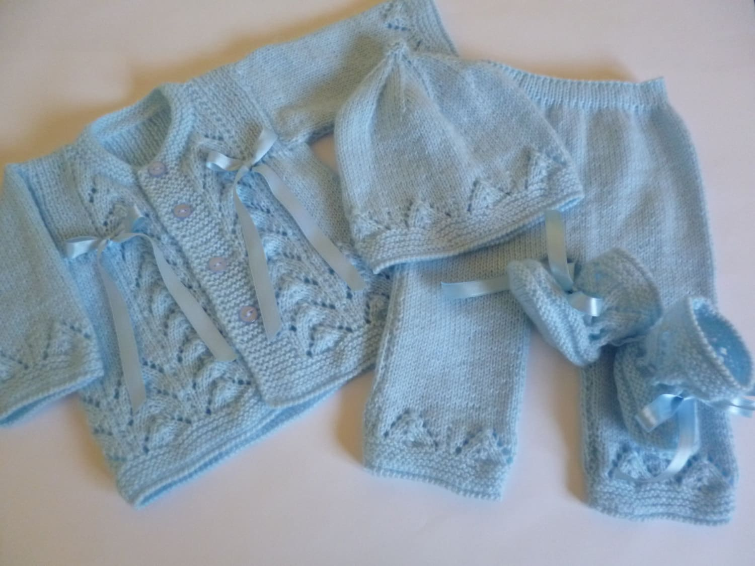 newborn baby boy knitted clothes sweater jeans and boots