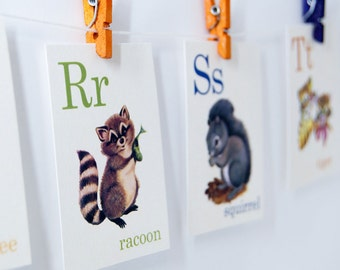Animal ABC Alphabet Retro Vintage Style Flash cards, raccoon, bee, squirrel, tiger, bear