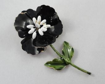 Flower Brooch- Vintage Enamel Brooch- Black & White Floral Brooch- Vintage 60s Brooch, Gold Metal, Pansy Daisy Pin, Enamel Flower Brooch