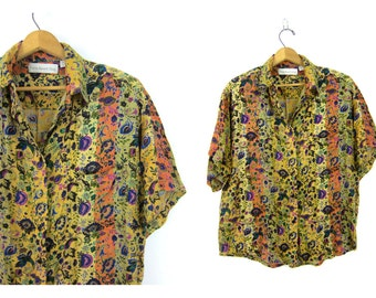 Floral Print Graphic Shirt 90s Rayon Button Up Tshirt Vintage 90s Slouchy Short Sleeve Gold Yellow Blouse Retro Baggy Tee Womens size Large