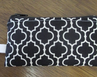 Black and White Trellis Coin Pouch, Zippered Coin Purse, Padded Ear buds Pouch with Keyring, Ready to Ship