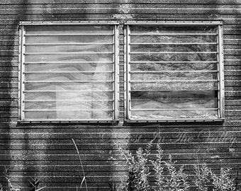 Rustic Wall Decor // Rural Decay Photo // Fine Art Photography // Still Life Print // Black and White Photography // Grey // Rusty // Rusted