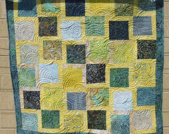 Yellow and green crib or lap quilt