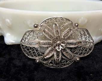 Victorian Sterling Silver Filigree Brooch pin