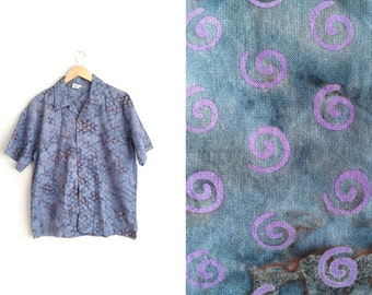 Size S/M // PRINTED TIE-DYE Button-Up Shirt // Swirl Print - Psychedelic Surf - Vintage '80s/'90s.