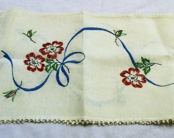 Vintage table runner, table scarf with embroidered flowers. White table runner with red flowers, vintage home decor