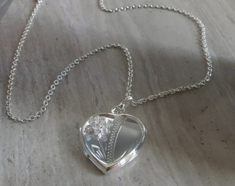 "Heart locket hand engraved with cz accent on 18"" silver chain"