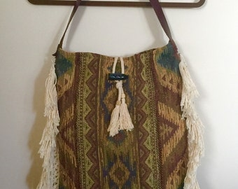 Vtg UPCYCLED Ethnic Boho Brocade Ikat Tassel Fringe Leather Horn Tote