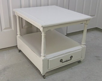 Painted End Table / Nightstand,Distressed White Cottage Style  - TB103 Shabby Farmhouse Chic