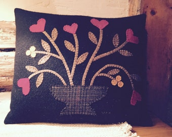 Primitive Folk Art Valentine Vines and Hearts  Penny Rug Pillow