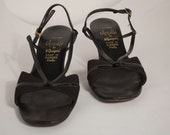Vintage Strappy Heels in Black